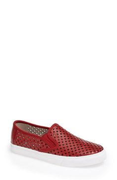 Yes to this red shoe for the 4th of July! The little perforated stars are adorable.