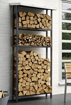 You want to build a outdoor firewood rack? Here is a some firewood storage and creative firewood rack ideas for outdoors. Lots of great building tutorials and DIY-friendly inspirations! Outdoor Firewood Rack, Firewood Holder, Outdoor Storage, Indoor Firewood Storage, Kiln Dried Firewood, Firewood Logs, Buy Firewood, Stacking Firewood, Garden Shelves