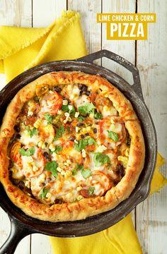 Lime Chicken & Corn Pizza Recipe in a Cast Iron Skillet. Pizza Recipes, Chicken Recipes, Cooking Recipes, Dinner Recipes, Flatbread Recipes, Corn Recipes, Dinner Entrees, Cooking Tips, Iron Skillet Recipes
