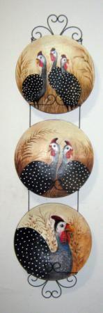 jogo de galinhas d'angola - pintura acrílica prato decorativo de papel machê papel machê,papel reciclado,tinta óleo ou acrílica massa de papel machê,pintado a mão