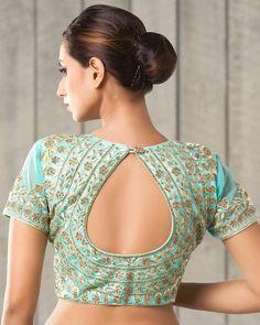 Saree Jacket Designs, Saree Blouse Neck Designs, Simple Blouse Designs, Kurti Neck Designs, Designer Blouse Patterns, Sexy, Lounge, Work Fashion, Fashion Ideas