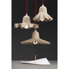 """De Seletti Egg of Columbus hanglamp medium is een lamp met een verhaal, namelijk het """"Ei van Columbus verhaal"""" #hanglamp #lamp #licht #Seletti #Columbus #ei #origineel #design #Flinders"""