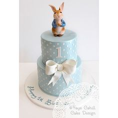 Peter Rabbit cake by Faye Cahill Design Peter Rabbit Cake, Peter Rabbit Birthday, Peter Rabbit Party, Beatrix Potter Cake, Boys First Birthday Cake, Baby Boy Birthday Cake, 1st Bday Cake, Birthday Ideas, Gateaux Cake