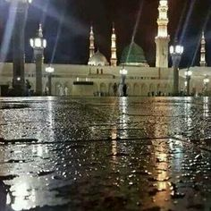 Beautiful.. Rain in Madina Munawwarah♡