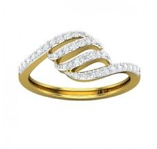 Diamond Ring 0.30 CT / 2.50 gm Gold