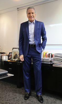Roberto Justus #robertojustus @Roberto Justus suit: Alexandre Won / belt: Louis Vuitton / watch: Harry Winston / shoes: Salvatore Ferragamo