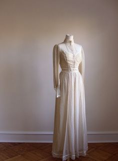 Gunne Sax. I had this exact dress and wore it to a Homecoming dance.