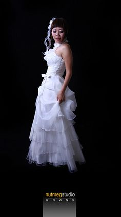 NutmegStudio Wedding Gowns - http://herbigday.net/nutmegstudio-wedding-gowns-11/