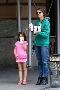 Katie Holmes and Suri going for a Sunday morning coffee run at Starbucks in New York City (September 29).