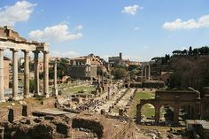 A list of some of the top attractions for a quick two day trip in Rome! This list provides a mixture of art, religion, and history of Rome. Rome Travel, Travel Abroad, Italy Travel, Travel Europe, Travel Destinations, Rome Guide, Rome Attractions, Passport Travel, Trevi Fountain