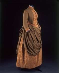 Paris, France (made)  Date: 1885 (made)  Artist/Maker: Cridon (Madame) (maker)  Materials and Techniques: Wool and silk