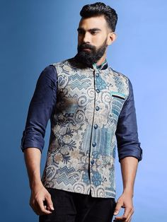 Buy Men's Ethnic Jackets online in India at best price. Shop latest Nehru/Modi jackets to enhance your traditional Indian look in engagement, party or wedding function. Mens Indian Wear, Mens Ethnic Wear, Indian Groom Wear, Indian Men Fashion, Mens Fashion Wear, Indian Male, Men's Fashion, Trendy Fashion, Fashion Design
