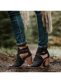 a7620ef19ecf VERYVOGA Women's PU Chunky Heel Sandals Pumps Peep Toe With Buckle shoes
