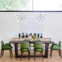 Heracleum by Bertjan Pot via Moooi | www.moooi.com | #lighting #lamp #suspended #luxury #interior #design #diningtable #diningroom #dining #green #wood