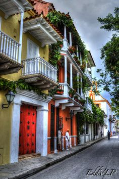 Beautiful colonial streets of Cartagena de Indias, Colombia - This would be a beautiful place to visit. Interesting food and genuinely nice natives, but there is always a sense of insecurity in a developing nation. Places Around The World, The Places Youll Go, Travel Around The World, Places To Visit, Around The Worlds, Costa Rica, Ushuaia, Central America, South America