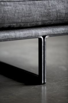 There are a number of kinds of contemporary sofa in the furniture industry. Generally, every sofa design is offered in an assortment of a variety of sizes and configurations to fit your needs. Steel Furniture, Furniture Legs, Furniture Design, Sofa Design, Montauk Sofa, Module Design, Joinery Details, Beton Design, Steel Detail