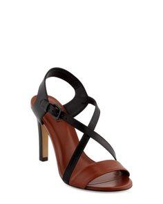 chaussure noire et marron