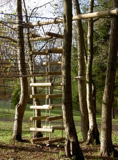 "4-sided Rope Ladders for treehouses by Treehouse Life ""...a world away from everyday"""