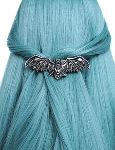 Lace Bat Silver hair clip from Restyle Ombré Hair, Emo Hair, Goth Hair, Hair Dye, Gothic Hairstyles, Funky Hairstyles, Pastel Goth Fashion, Gothic Fashion, Dark Fashion
