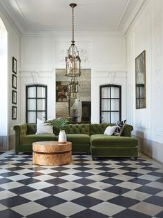 Vintage Sofa, Unique Furniture, Home Interior, Italian Interior Design, Home Decor Inspiration, Design Inspiration, Cheap Home Decor, Decoration, Family Room
