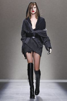 AF Vandevorst Ready To Wear Fall Winter 2014 Paris - NOWFASHION