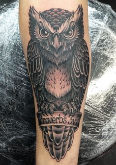 owl tattoo black and white - Buscar con Google Más