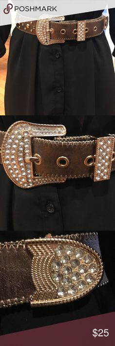 Bronze belt with crystal bling Adjusts to fit hips or waist ranging from 32 to 37 inches. Bronze leather with gold studs & clear bling. Like new. Accessories Belts