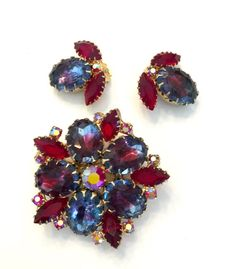 Juliana Style Rhinestone Demi, Brooch and Earrings Set, Blue Burgundy Givre Ovals, Red Aurora Borealis, Wedding Jewelry, Special Occasion #vogueteam #vjse2 #teamlove #plsfollowthx #vintagejewelry