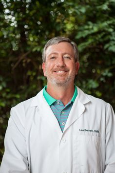 Dr. Lee Burnett, DVM, graduated from Tuskegee University School of Veterinary Medicine in 1994. Dr. Burnett is certified in radioactive iodine treatment, a cutting edge therapy for cats with hyperthyroid disorder. Palmetto Animal Hospital has extended its services to include this innovative new treatment for our many feline patients.