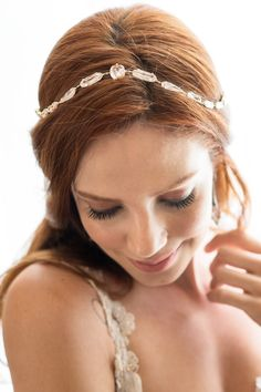 Coleção de acessórios de cabelo para noivas Lumière da D. Cantidio - Portal iCasei Casamentos