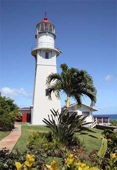 Diamond Head Lighthouse, Hawaii @ Lighthousefriends.com (I was so very blessed to be able to see this lighthouse when I was a teenager.~Cindy McMullen)