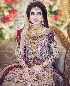 New Dress Party Muslim Walima Ideas Pakistani Bridal Hairstyles, Pakistani Bridal Makeup, Pakistani Wedding Outfits, Bridal Outfits, Bridal Lehenga, Indian Bridal, Pakistani Dresses, Walima Dress, Mehendi Outfits