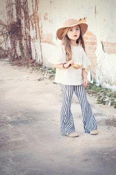 Baby Fashion Model 56 Ideas For 2019 – Fashion Girl Toddler Girl Style, Toddler Girl Outfits, Toddler Fashion, Kids Outfits, Kids Fashion, Toddler Girls, Stylish Outfits, My Bebe, Little Girl Fashion