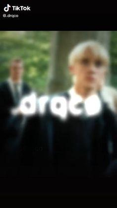 Draco Malfoy Imagines, Harry Potter Imagines, Harry Potter Feels, Harry Potter Draco Malfoy, Harry Potter Cast, Harry Potter Characters, Slytherin, Hogwarts, Draco Malfoy Aesthetic