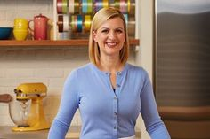 Bake with Anna Olson baking and dessert tips on Food Network Canada; access Anna Olson recipes and tips; Bake with Anna Olson on Food TV, watch full episodes online. Holiday Treats, Christmas Treats, Christmas Baking, Holiday Recipes, Christmas Cookies, Sugar Plum Recipes, Anna Olsen, Chocolate Garnishes, Butter Tarts