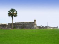 St Augustine Florida is a perfect vacation spot. Have you been there yet. If not then you need to plan atrip this fall or winter. I love to go there and walk on the beaches when there are fewer people. So why not click that photo and come take a look at St Augustine. You'll be so glad you took a few minutes and checked out St Augustine and all it has to offer. St Augustine