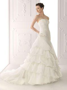 Strapless Chapel Tiered Organza Wedding Dresses