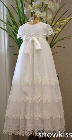 98.97$ Watch now - http://alidtw.worldwells.pw/go.php?t=32430506969 - Custom Made White/Ivory Lace Silk Toddlers Christening Gown Baptism Dress For Infant Girls Boys
