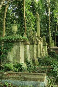 mysticism of Highgate Cemetery