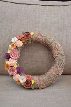 Yarn Wreath - EVERYDAY - RUSTIC - COTTAGE - 12 inch Twine Covered Straw Wreath with Felt Flowers and Ribbon Accent: