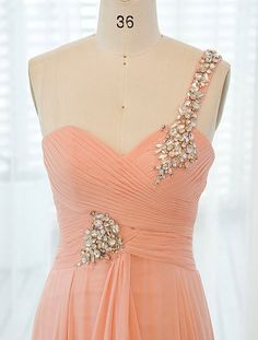 | http://beautifuldresscollections.blogspot.com