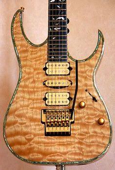 IBANEZ J-Custom HRG2000. Made in Japan.  lessonator.com Bass Ukulele, Guitar Rig, Guitar Body, Music Guitar, Guitar Chords, Cool Guitar, Fender Stratocaster, Guitar Chord Progressions, Guitar Images