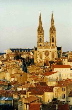 Colline St André. Niort, France