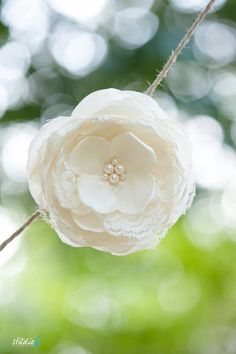 FREE SHIPPING Ivory Crepe Silk Flower Fascinator by FineNFleurie, $45.00