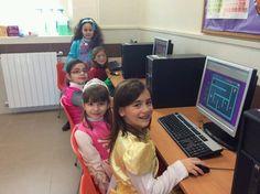 #PRIC Les princeses també fan informàtica. pic.twitter.com/YMwSF8zccR