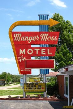 Historic Munger Moss Motel... you've come home to your home away from home on Route 66! Lebanon, Missouri....