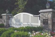 Swinging gates are an excellent option whenever there isn't much space. They are ideal for areas with an abundance of space. While automatic gates lik... http://zoladecor.com/60-best-diy-wood-driveway-gate-ideas