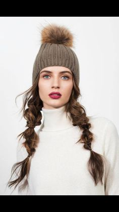 Messy with style. Ski/snowboard hairstyle