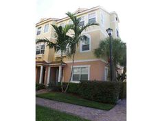 Townhouse Villa Annual For Rent , 123 Harbors Wy No 123, MLS: A1702947 Boynton Beach, Townhouse, Villa, Mansions, House Styles, Plants, Home Decor, Decoration Home, Terraced House