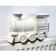 STEAMY TRAIN HUMIDIFIER www.makersofdesign.com A curated online collection of independent designers Buy Independent Design !  Stay Unique ! ♡ We ship worldwide